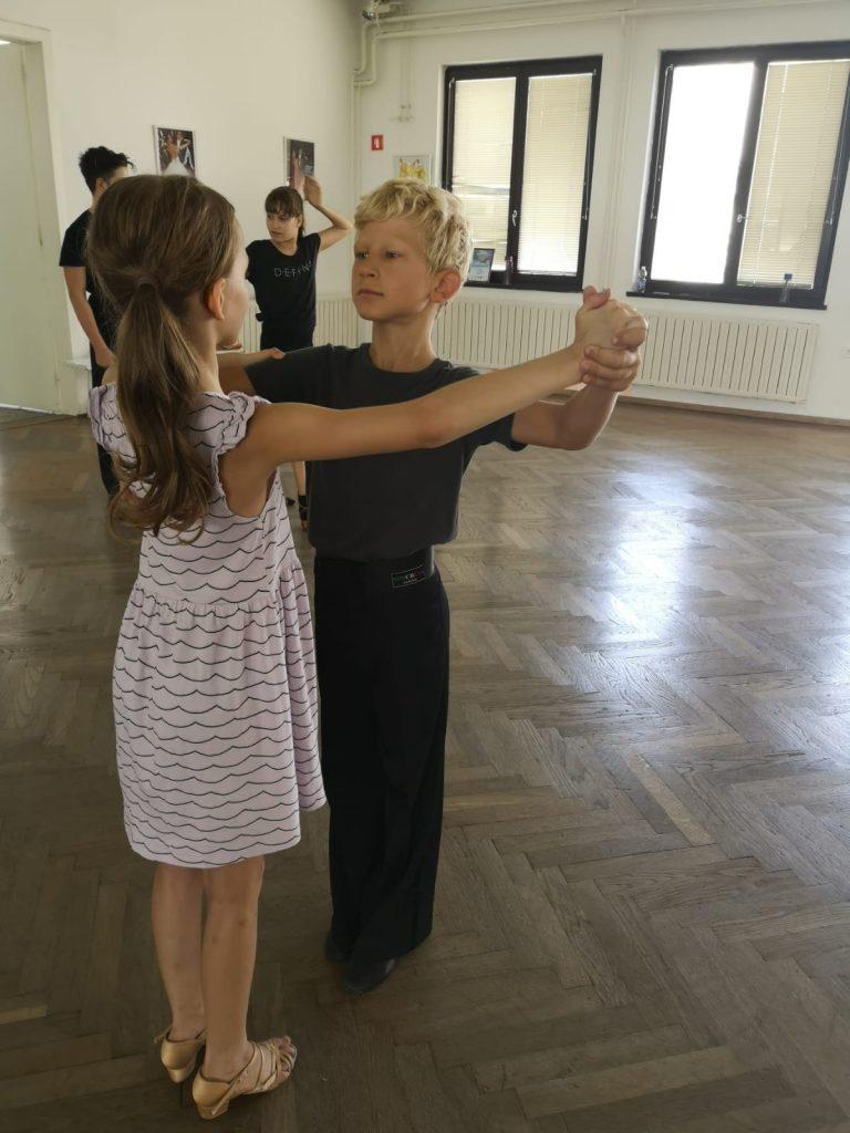 lt-dance-dancesmilelive-fundation